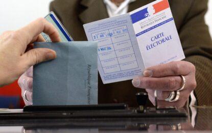 Социалистите във Франция претърпяха тежка загуба на местните избори
