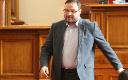Чуколов получи 2 години пробация заради хулиганството си