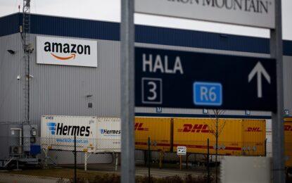 Amazon с патент за летящи складове