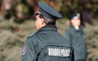 Катастрофа на камион с гранични полицаи взе жертва