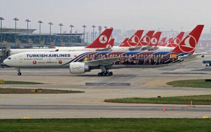 Турция плаща част от горивото на самолети с руски и ирански туристи