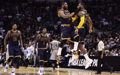 """Избрано от НБА: С 57 точки Ървинг счупи три рекорда и изведе """"Кевс"""" до успех"""