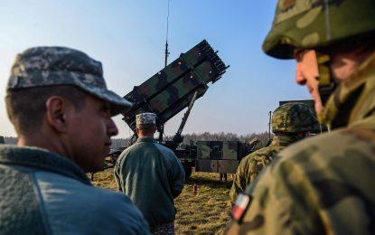 Полша купува американски ракети и европейски хеликоптери