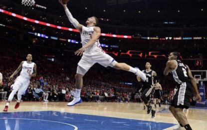 """НБА плейофи: Крис Пол и Блейк Грифин с 58 точки за успеха срещу """"Спърс"""""""