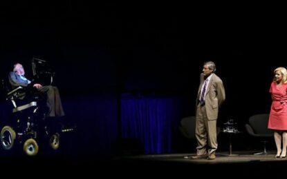 Стивън Хокинг гостува на операта в Сидни като холограма