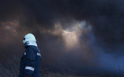 Жертви, ранени и срутени къщи след експлозия в Хитрино