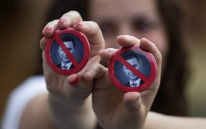 """Македонският съд обезвреди """"бомбите"""" срещу Груевски"""