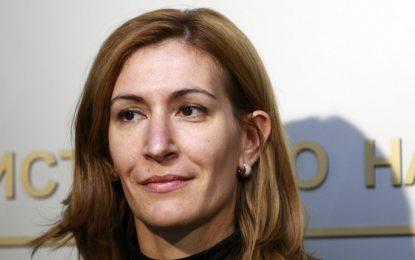 Ангелкова отчете ръст на турските туристи по Черноморието