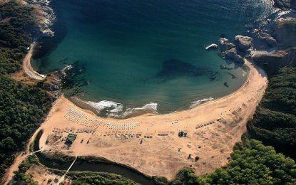Отново огради и рекет на плажа Силистар