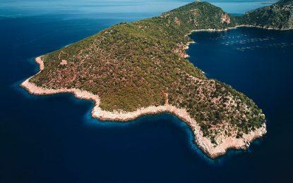 Гърция продава острови. Приказни острови