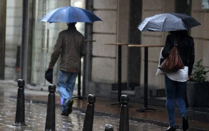 Жълт код заради обилни валежи за 17 области
