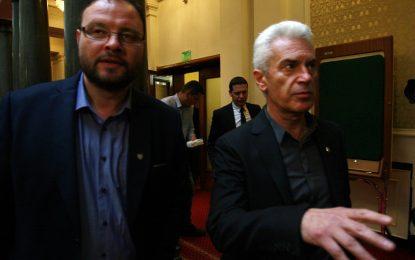 Прокуратурата поиска имунитетите на Сидеров и Чуколов