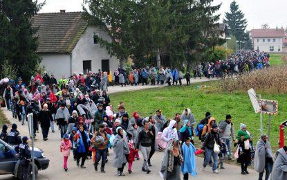 Нов рекорд: 12 600 имигранти нахлуха в Словения за ден