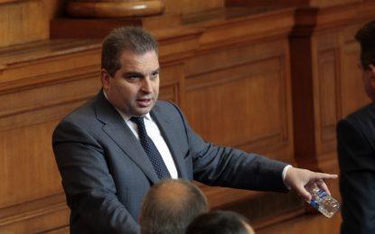 Радев не успя да вдигне самолета, заяви Гроздан Караджов