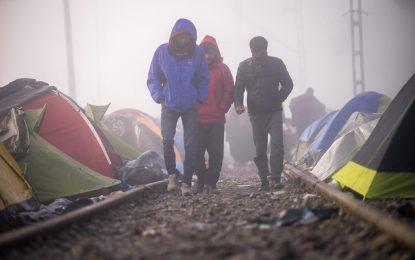 Унгария зове Европа да се справи с бежанската криза без Турция