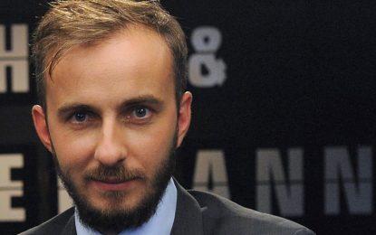 Съденият от Ердоган журналист: Меркел ме поднесе на тепсия