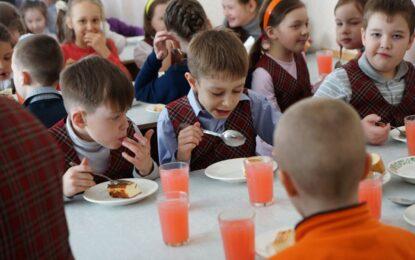 Деца, и президентът Путин обича каша!