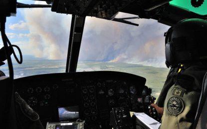 Огнената стихия в Канада ще бушува месеци