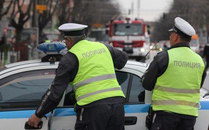 Шофьор без книжка осъден на 10 месеца строг затвор