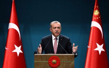 Ердоган обяви извънредно положение в Турция за 3 месеца
