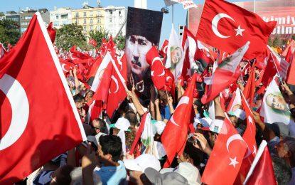 """Властта в Турция разпореди арести на 42 журналисти заради """"връзки с Гюлен"""""""