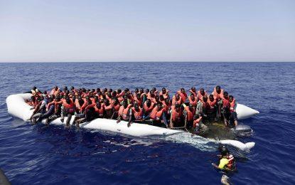 Италия спаси 13 000 мигранти в Средиземно море за четири дни