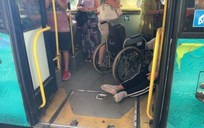 Фандъкова иска уволение за шофьор на бус, отказал да качи инвалид