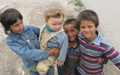 Правозащитници зоват Унгария да не дели ромите в училище
