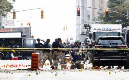 След взрива в Ню Йорк полицията откри още 5 бомби