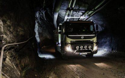 Volvo тества безпилотни камиони в шведска мина