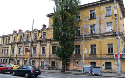 Областният на София продал земята под Царските конюшни за 90 лева квадрата