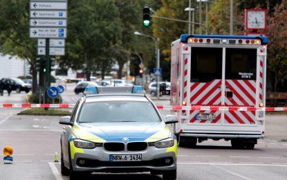 Неонацист рани четирима полицаи в Германия