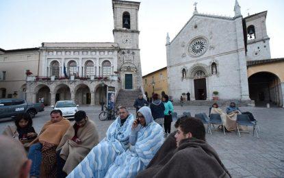 Големи разрушения след трус от 6.5 в Италия