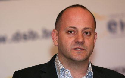 """Радан Кънев смята, че фирма до Борисов е превзела """"Водстрой"""" от Пеевски"""