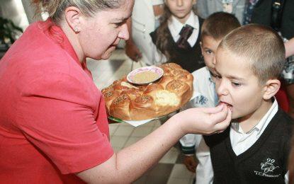 Храна по утвърдени стандарти в училищата