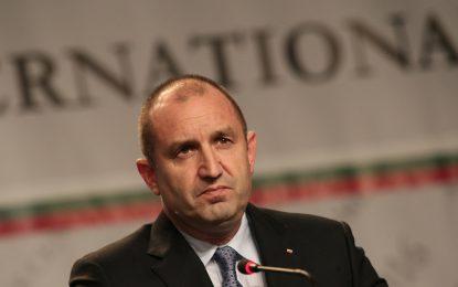 Радев може да остави новия еврокомисар на новата власт