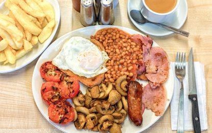 Как английската закуска се превърна в институция на Острова