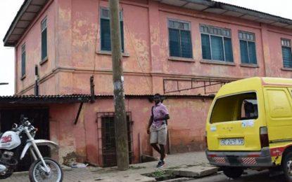 Фалшиво посолство от 10 години раздавало американски паспорти в Гана