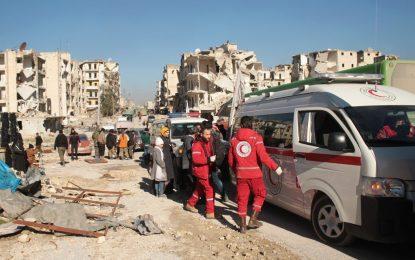Жителите на Алепо се евакуират към следващото бойно поле
