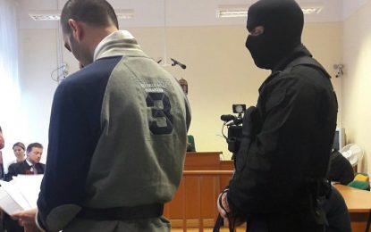 Унгария осъди сирийски мигрант на 10 години затвор