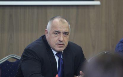 Борисов стяга редици в ГЕРБ за управление без коалиции