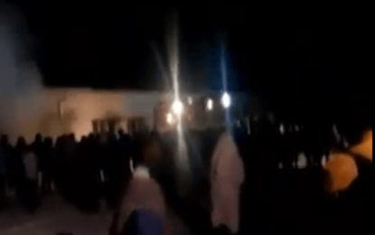 500 афганистанци евакуирани в Харманли заради пожар (видео)