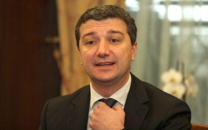 Стойнев чака оферти от ГЕРБ, Борисов предлага на други