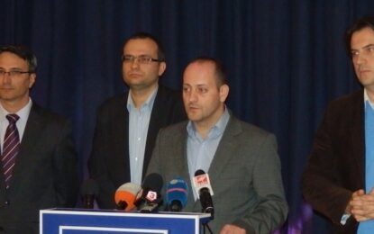 """Радан Кънев: В """"Южен поток"""" са преплетени мафиотските интереси на управляващи и на опозиция"""