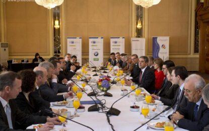 Плевнелиев призова вината за проблемите в енергетиката да не се прехвърля на ЕРП-тата
