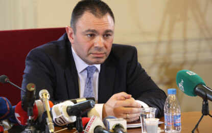 Признанието на Лазаров за провала в Лясковец предизвика остри критики