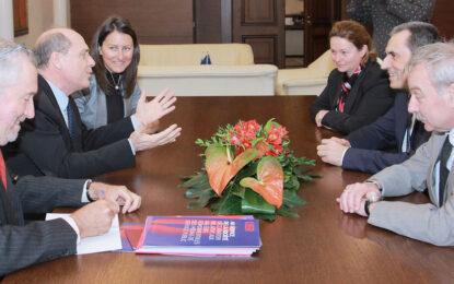 Главите на трите власти обсъдиха ролята на медиите с европейски спец