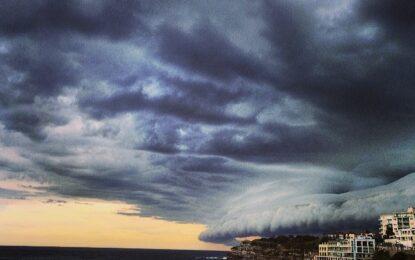 Уникални снимки от бурята, връхлетяла Сидни
