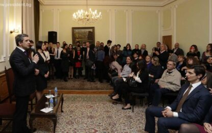 Пред сънародници в Лондон Плевнелиев осъди евентуално отглагане на референдума