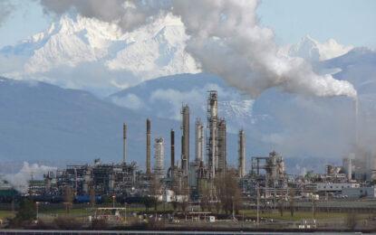 Отварянето на петролния резерв на САЩ свали цената по света